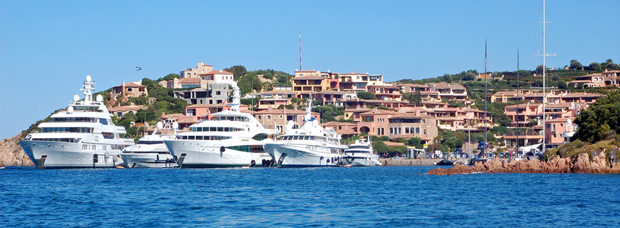 Rent A Luxury Car In Porto Cervo Hire A Ferrari